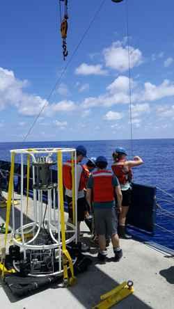 roseta para recogida de muestras oceánicas