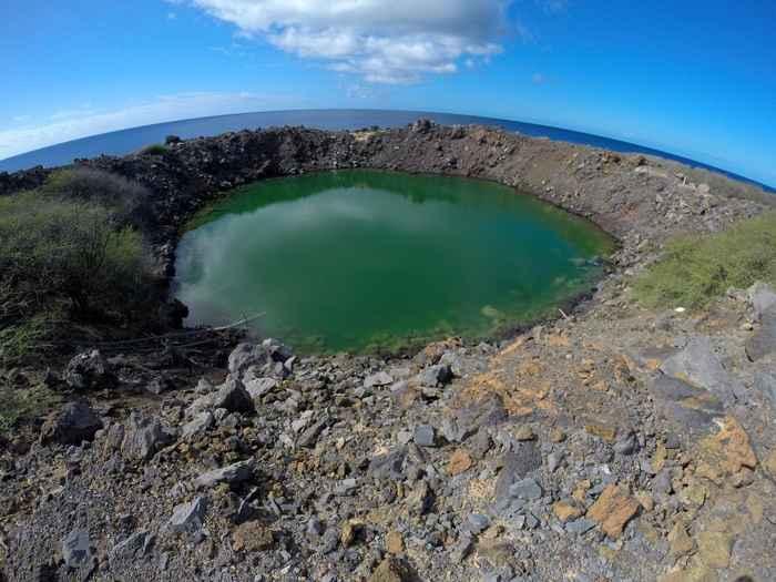 Cráter de la Operación Sailor hat