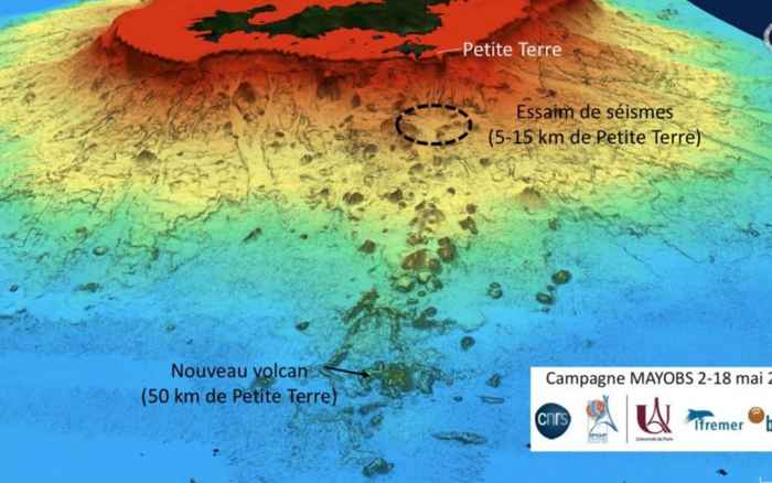 volcán submarino de Mayotte, mapa de situación