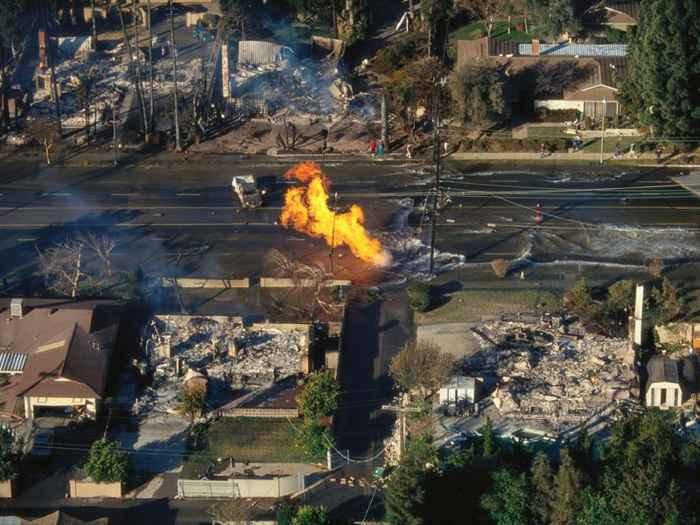 daños por un terremoto en California