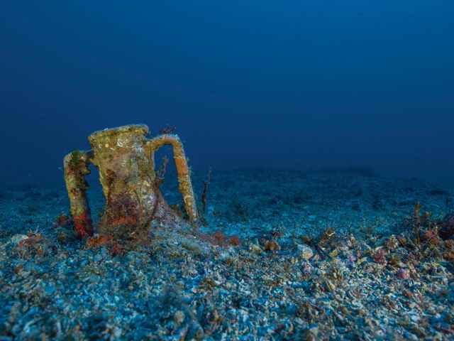 Ánfora en el sitio de Antikythera