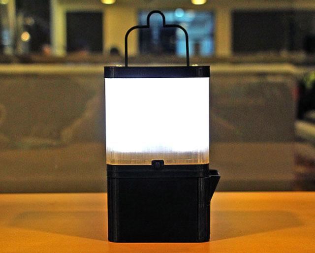 lámpara de agua salada