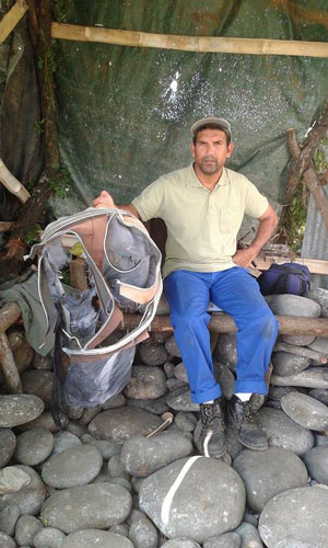 maleta encontrada en la Isla Reunion