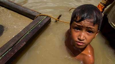 niño minero de oro en Filipinas