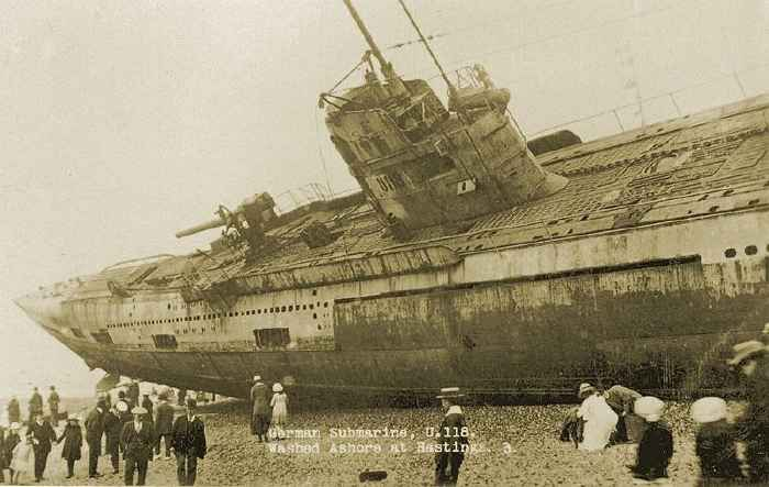 submarino alemán SM U-118 varado en Hastings, Inglaterra