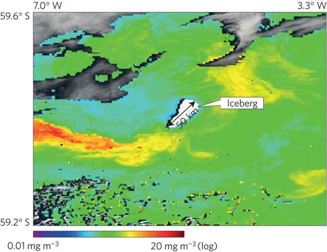 concentración de clorofila tras un iceberg gigante