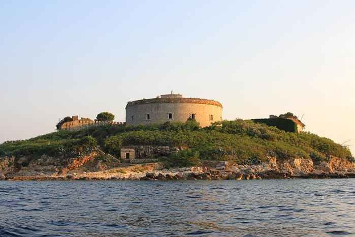 fortaleza de la isla de Mamula, Montenegro