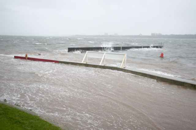 marea de tempestad en la costa de New York