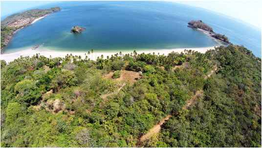 playa de Don Bernardo, Isla de Pedro González, Panamá