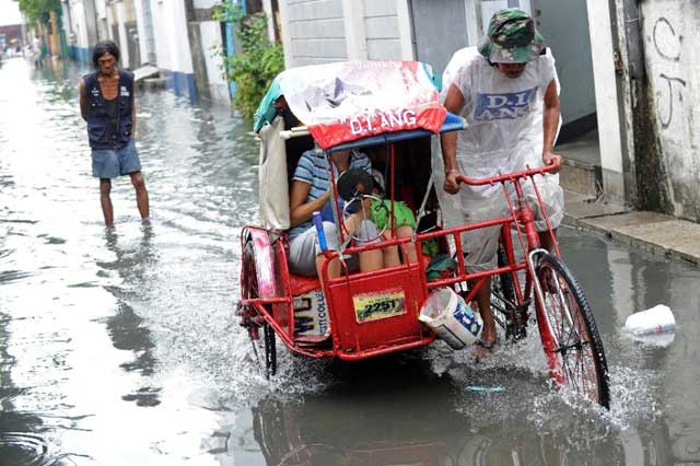 el tifón Melor inunda Manila