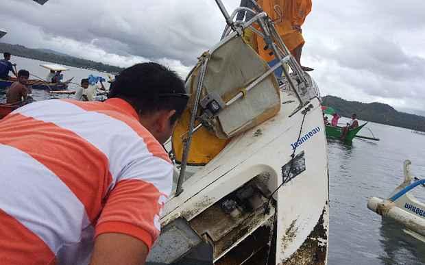 velero Sayoa la deriva en Filipinas