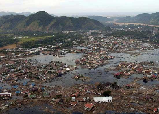 Consecuencias en Aceh, Sumatra del tsunami de 2004