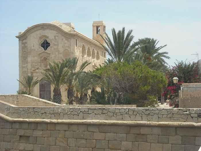 Tabarca, iglesia de San Pedro y San Pablo