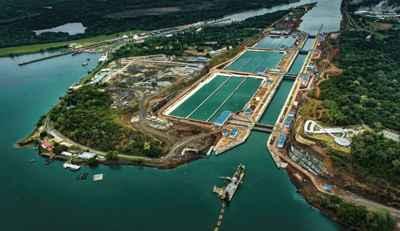 agua clara Canal de Panamá