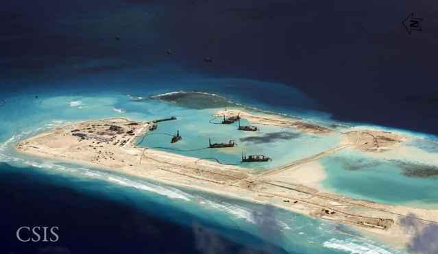 construcciones chinas en las islas Spratly