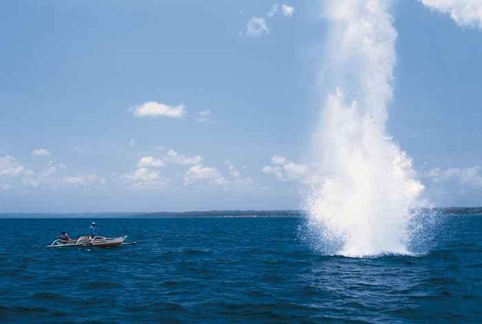 pesc con dinamita en Tanzania