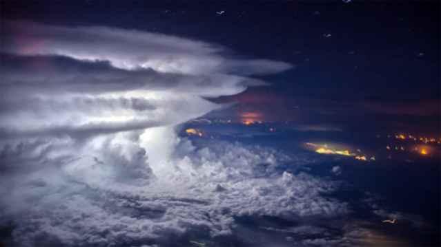 tormenta sobre Venezuela captada desde un avión