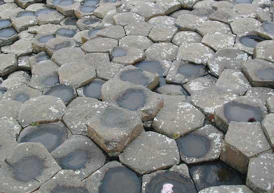 piedras exagonales Calzada de los Gigantes, costa norte de Irlanda