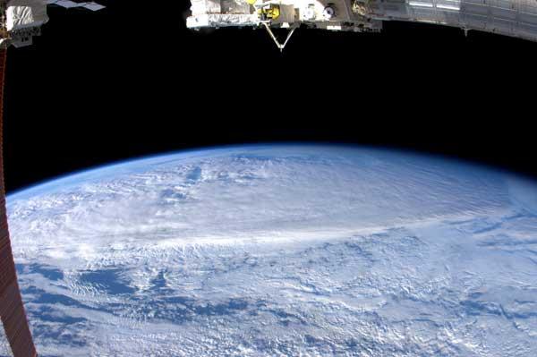 El ciclón Yasi desde la Estacion Espacial Internacional