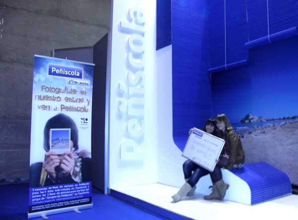 concurso fotografía en stand de Peñíscola en FITUR 2011