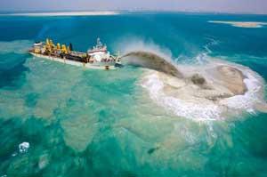 dragado de arena para la construcción de las Islas del Mundo, Dubai