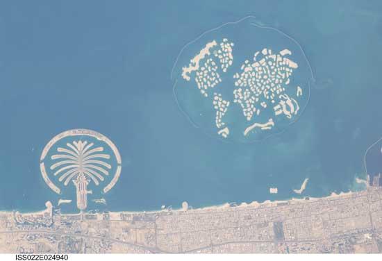 islas artificiales de Dubai desde la Estación Espacial Internacional