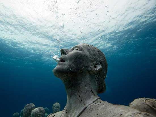 museo submarino de esculturas humanas, México