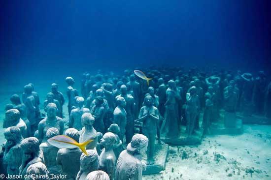 Evolución Silenciosa, esculturas humanas subacuáticas, Cancún