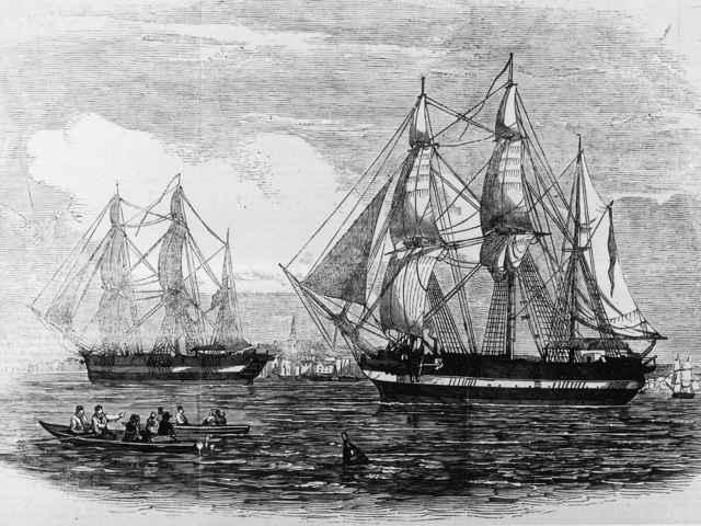 el HMS Terror y el HMS Erebus