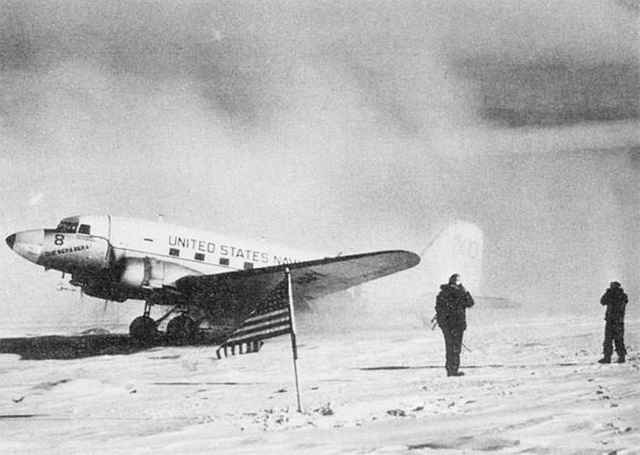 El avión Que será será en el Polo Sur