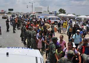 evacuación en Ecuador por la alerta de tsunami en Japón