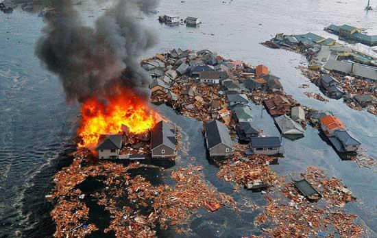 incendios tras terremoto Japón, marzo 2011
