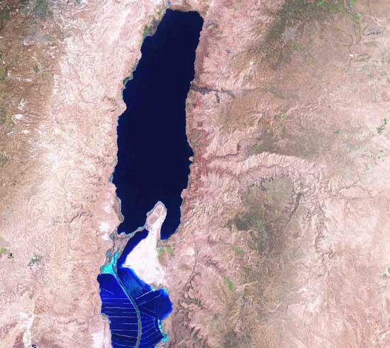 foto Mar Muerto desde satélite