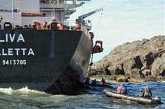 MS Oliva, rescate de la tripulación