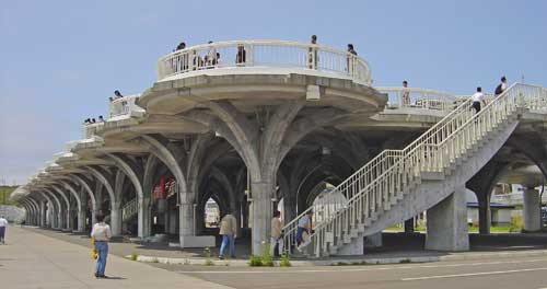 plataforma elevada contra tsunamis, Japón
