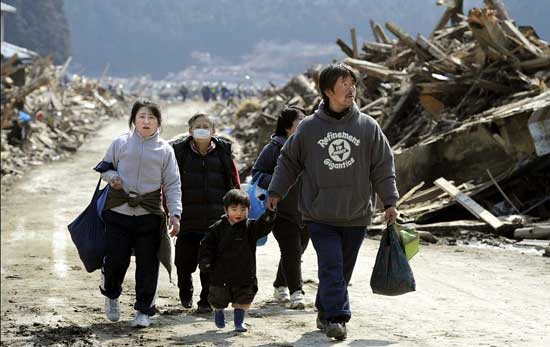 tsunami Japón, marzo 2011 - éxodo