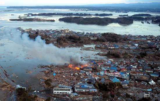 tsunami en Japón, marzo de 2011, una vista general