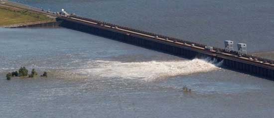 apertura del Cauce Morganza, río Mississippi