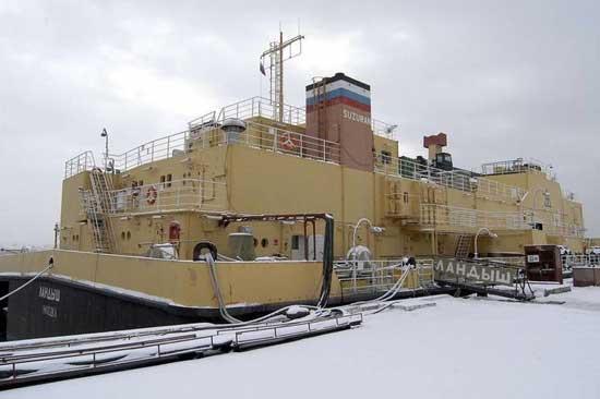 barcaza Suzuran