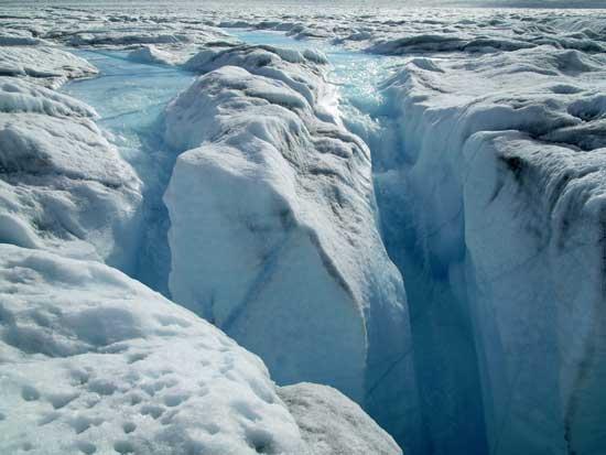 capa hielo drena agua a través de un molino, Ilulissat
