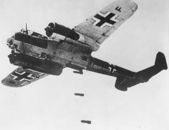 Un Dornier 17 en vuelo