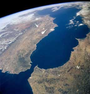 Estrecho de Gibraltar desde el espacio