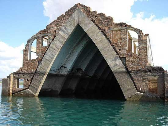 Iglesia de la antigua Petrolandia, Brasil