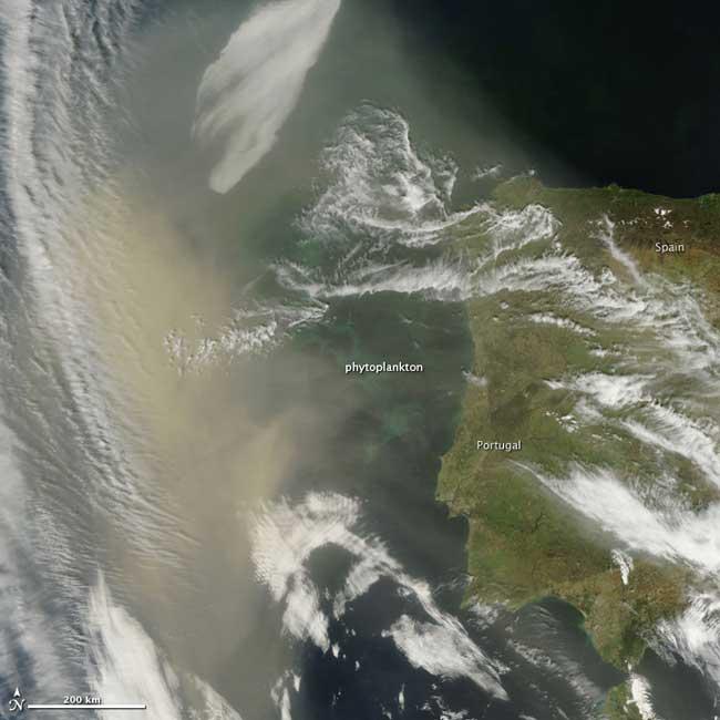 polvo del Sahara en las costas de Portugal