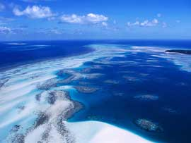 arrecifes de coral en el Estrecho de las Islas Torres, Australia