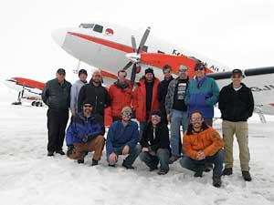 equipo del ICECAP en la Antártida