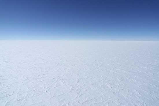 vista de la capa de hielo de la Antártida desde el DC3