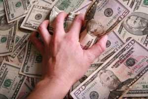 dolar en mano