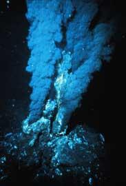 fumarola oceánica marina