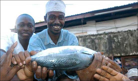 Pescadores contentos en Kenya